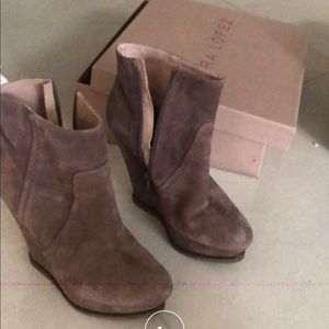 Pura Lopez taupe wedge boots